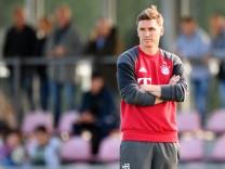Bayern Muenchen v FC Schalke 04 - B Juniors German Championship Semi Final; Tobias Schweinsteiger