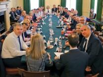 Großbritannien: Kabinettssitzung am Dienstag mit zahlreichen Gesichtern, die neu oder in neuer Funktion in der Regierung sitzen.