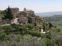 Gordes Provence Luberon Vaucluse Frankreich France Städtereise Städtereisen