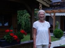 Carolin Gerhofer, Tierärztin und Wildvogelexpertin