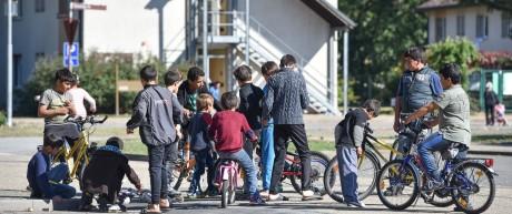 Flüchtlingskinder in einer Kaserne in Heidelberg