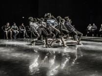 Kibbuz Contemporary Dance Company