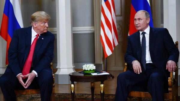 Donald Trump und Wladimir Putin 2018 beim Gipfeltreffen in Helsinki
