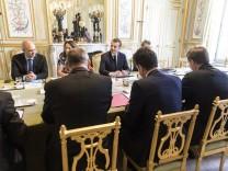 Macron trifft Gewerkschaftsvertreter