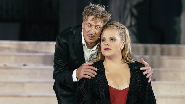 Salzburger Festspiele: Jedermann 2018: Tobias Moretti (Jedermann), Stefanie Reinsperger (Buhlschaft)