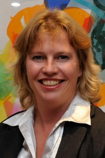 Ruth Waldmann feiert Direktmandat bei der Landtagswahl, 2013