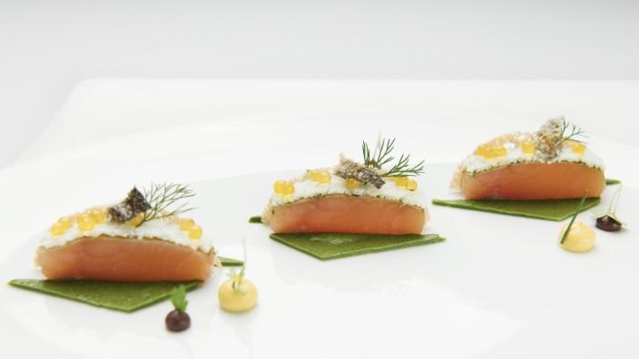 Foodphotoshooting mit Sven Elverfeld, 3 Sternekoch im Restaurant Aqua im Ritz Carlton Hotel Wolfsburg / PRESSEBILD