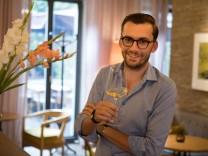 Stefan Grabler in der Weinbar Grapes, Ledererstraße 8