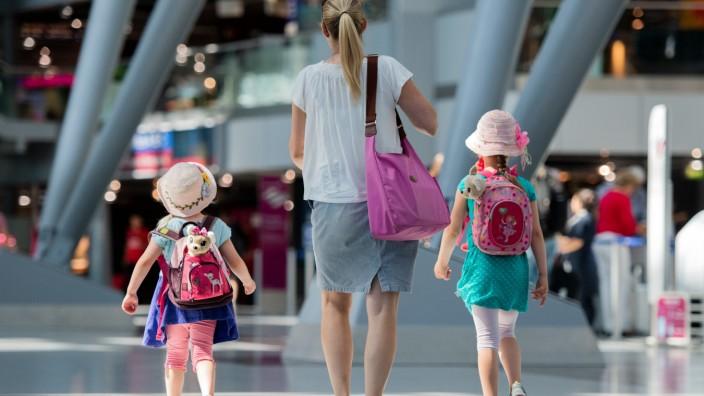 Ferienbeginn am Flughafen Düsseldorf