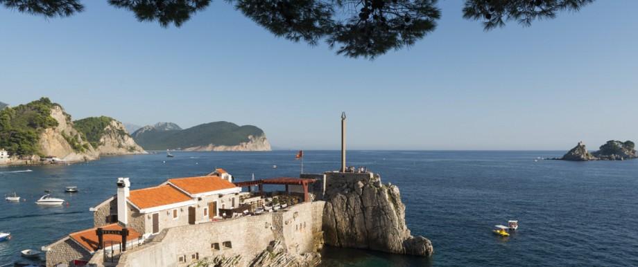Montenegro: Küste bei Petrovac