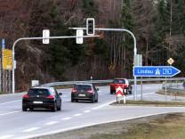 Signalanlage an der Autobahnausfahrt