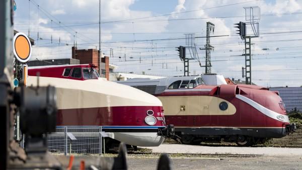 """""""TEE"""" trifft """"Vindobona"""": DB Museum präsentiert erstmals gemeinsam Schienenlegenden aus Ost und West"""