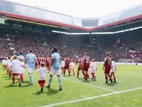 1. FC Kaiserslautern v TSV 1860 Muenchen - 3. Liga
