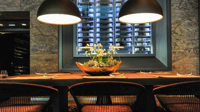 """Restaurant """"EssZimmer"""" in der BMW-Welt in München, 2013"""