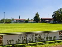 Hohenlinden Sportgelände wg. Erweiterung
