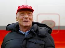 Niki Lauda am Flughafen Düsseldorf