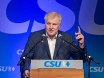CSU-Chef Horst Seehofer bei einer Wahlkampfrede 2018