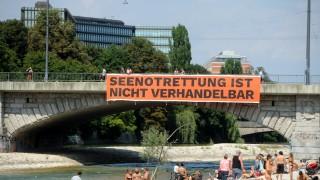 Flüchtlinge in München Protest an der Reichenbachbrücke