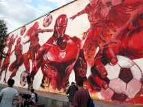 Wandbild am Taganka-Platz in Moskau.