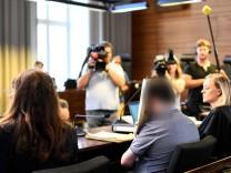 Missbrauchsfall Staufen: Der angeklagte Spanier während des Prozesses