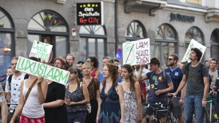 Demonstration gegen Luxussanierung in München, 2016