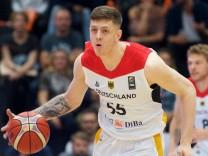 Basketball Hamburg 18 08 2017 DBB Nationalmannschaft Nationalteam Herren Supercup Tag 1 Deutschland; Isaiah Hartenstein