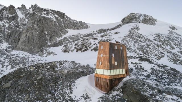 Schwarzensteinhütte in Südtirol