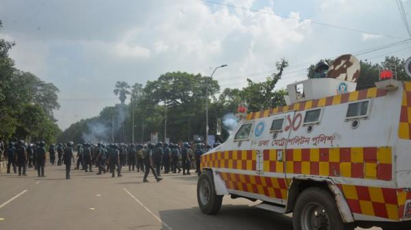 Proteste für Verkehrssicherheit in Bangladesch