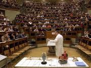 Studienanfänger an Universitäten Das Last-Minute-Studium, Hörsaal, ddp