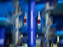 Kurjo Maria GER Wassen Elena GER bronze medal Women s synchronised 10m platform final Edinburgh 07