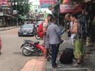 Straßenhändler auf Bangkoks Backpacker-Straße vertrieben (Vorschaubild)