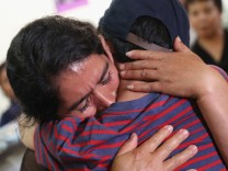 Immigrant Children Reunited With Deported Parents In Guatemala; bonusmeilen+jetzt