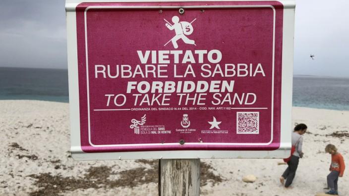 Sand mitnehmen verboten auf Sardinien