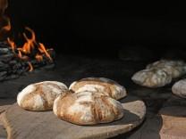 Brot backen auf der Alm