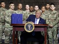 Donald Trump Militär Ausgaben Budget Weltraumarmee