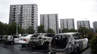 Autos in Schweden in Brand gesetzt