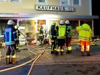 Brand Feuer Kaufhaus Odelzhausen Feuerwehr