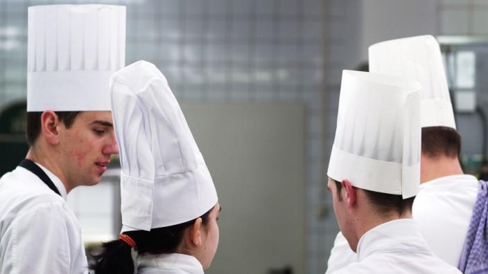 Köche und Kellner gesucht