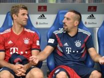 Hamburger SV v Bayern Muenchen - Friendly Match