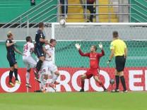 DFB Pokal SC Paderborn 07 FC Ingolstadt 04 Tor 2 0 Torwart Marco Knaller 16 FCI keine Chan