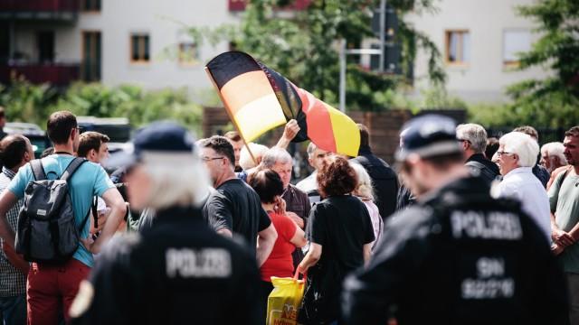 Demonstration bei Maas-Auftritt in Dresden
