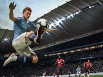 Screenshot Gamescom FIFA 19 und Battlefield 5