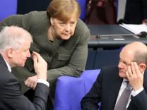 Merkel Seehofer Scholz Bundestag