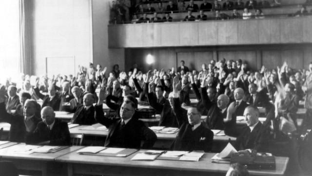 Sep 1 1948 Bonn Germany Dr KONRAD ADENAUER 1876 1967 was a German statesman who served as