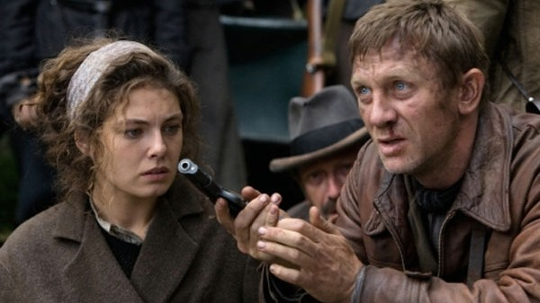 "Kino: Daniel Craig in ""Defiance"""