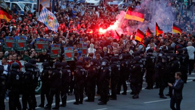 Politik Sachsen Ausschreitungen