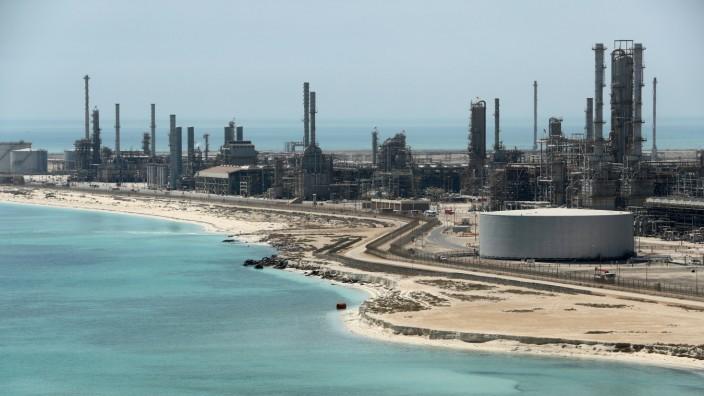 FILE PHOTO: General view of Saudi Aramco's Ras Tanura oil refinery and oil terminal in Saudi Arabia
