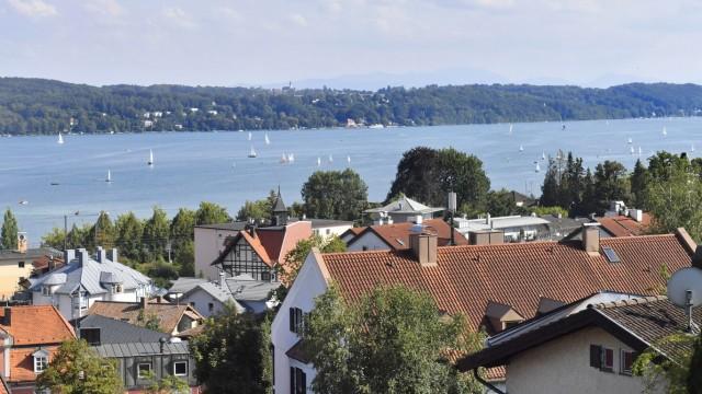 Blick über Starnberg am Starnberger See