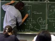 Reizberuf Lehrer Schüler Tafel, dpa