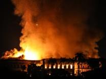 Brasilien: Feuer im Nationalmuseum in Rio de Janeiro
